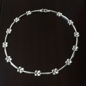 """EUC 18"""" Sterling Silver Flower Station Necklace"""